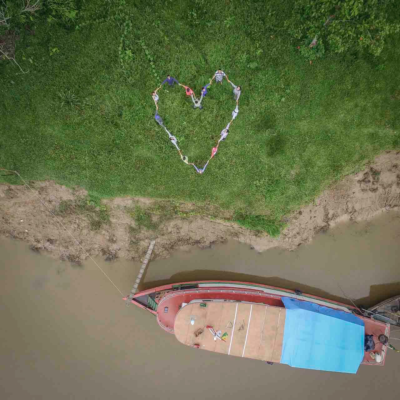 Happy Valentine's Day from all of the Houseboat Amazon Team and Crew