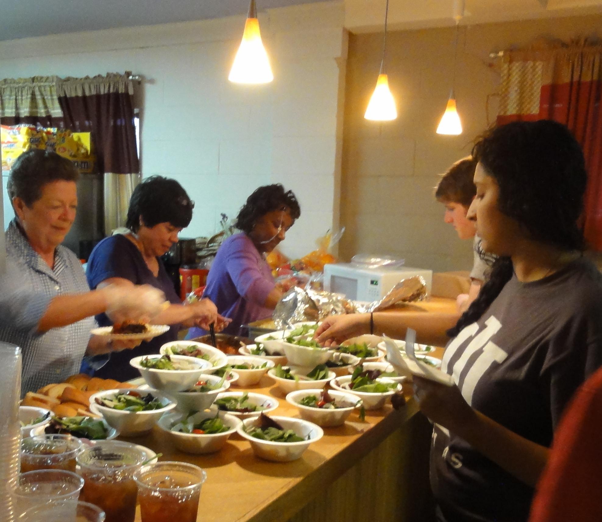 HisHands2Go staff serve volunteers
