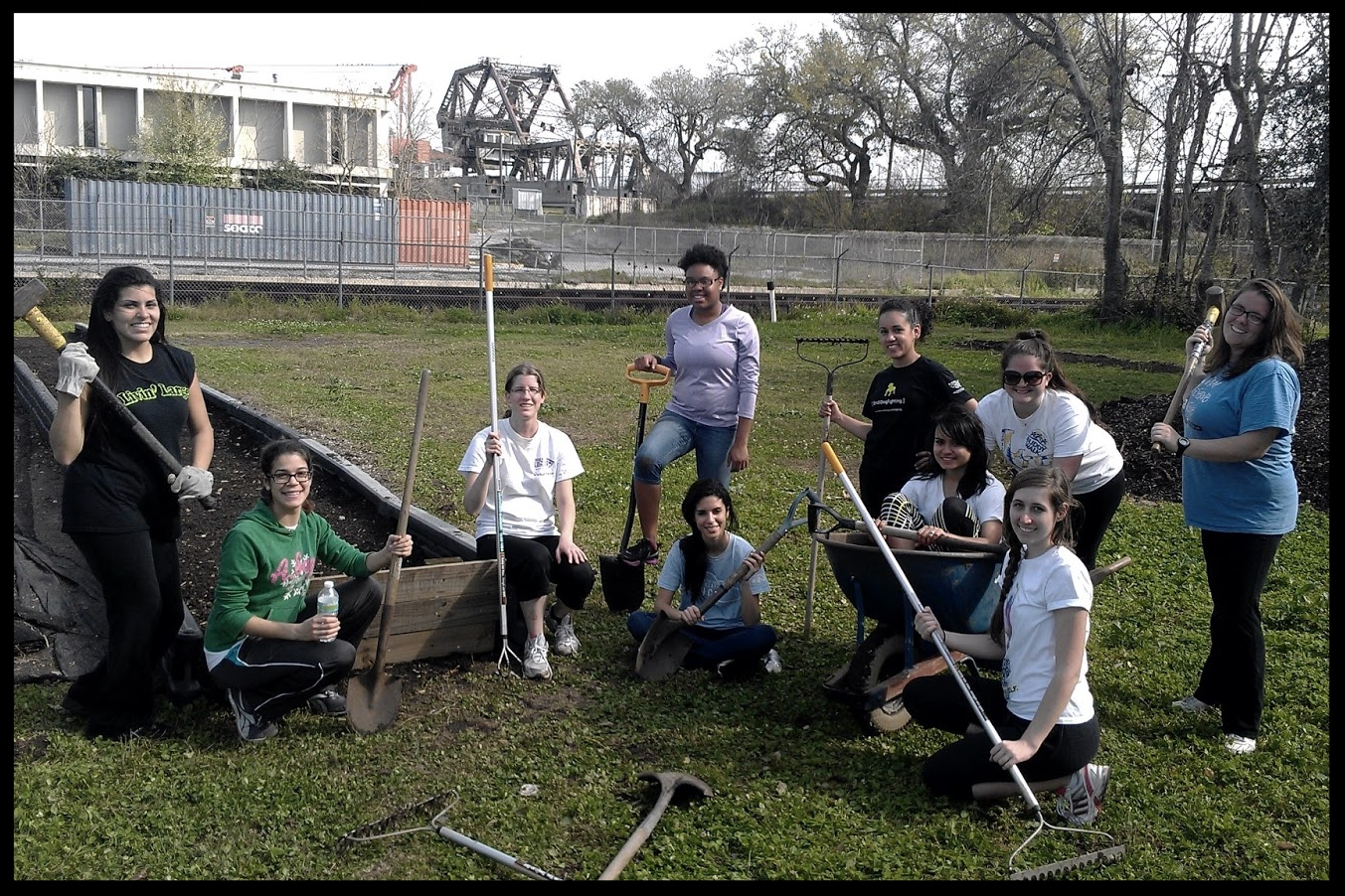 Elan internships in action-urban farming and gardening