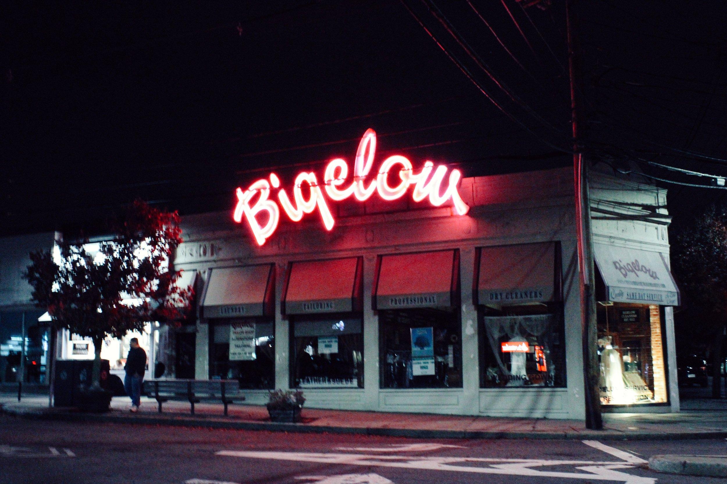 Street Glow - Annabel Kiley