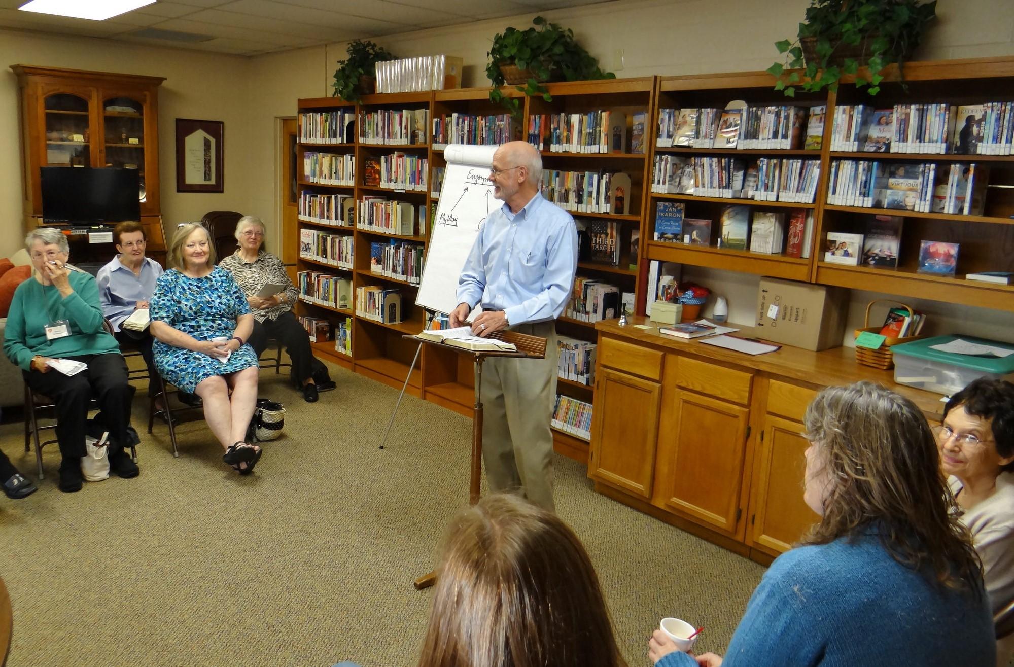 Dick Wright teaching Bereans Class