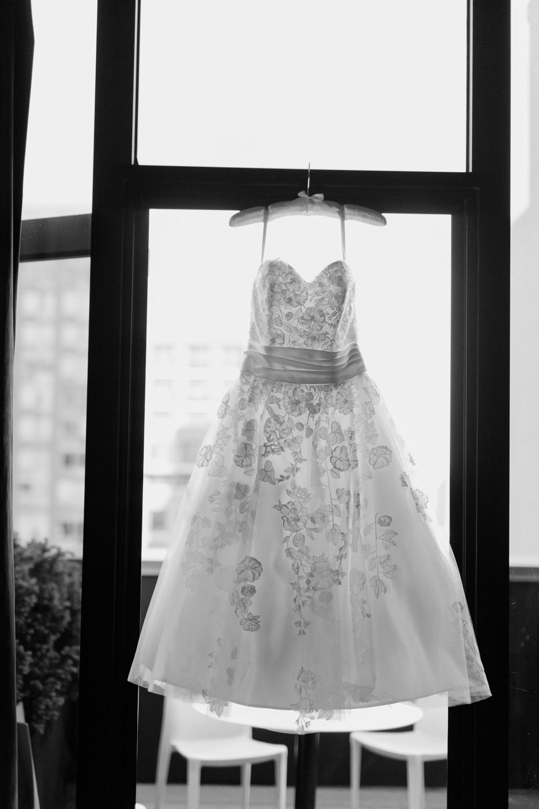 Woolard_Callegari_CaseyFatchettPhotography_publicrestaurantwedding8_big.jpg