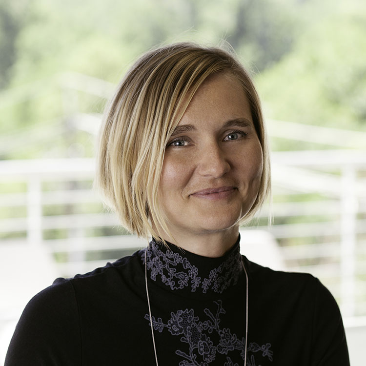 Ania Camplin<br>CPA<br><em class=staff-title>Partner & <br>Sr. Business Strategist</em>