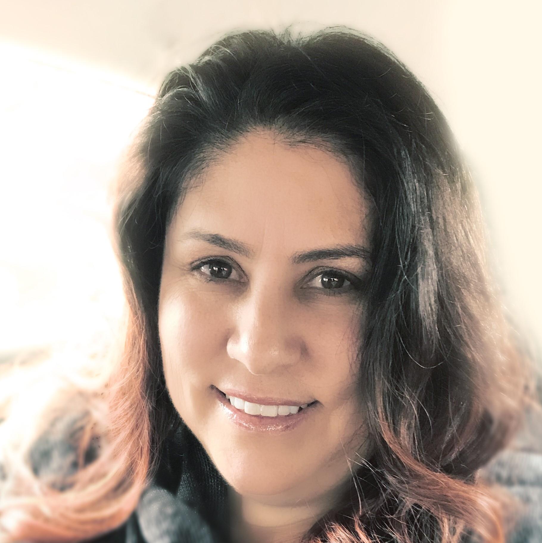 Annette Marshall<em class=staff-title>Business Advisor</em>