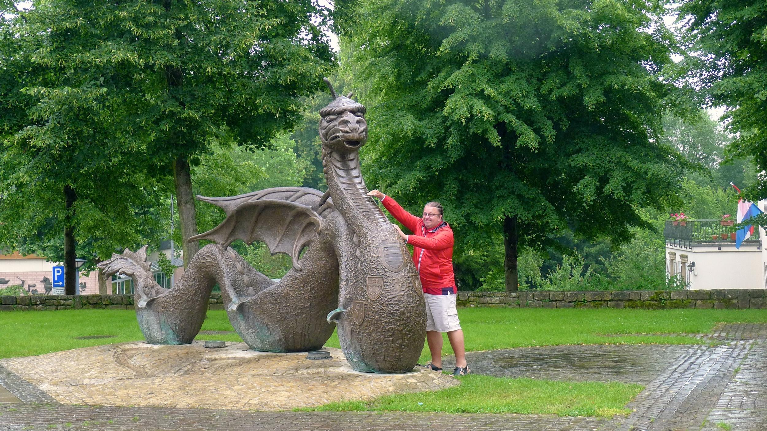Uncle Rick slaying le Dragon de Mersch
