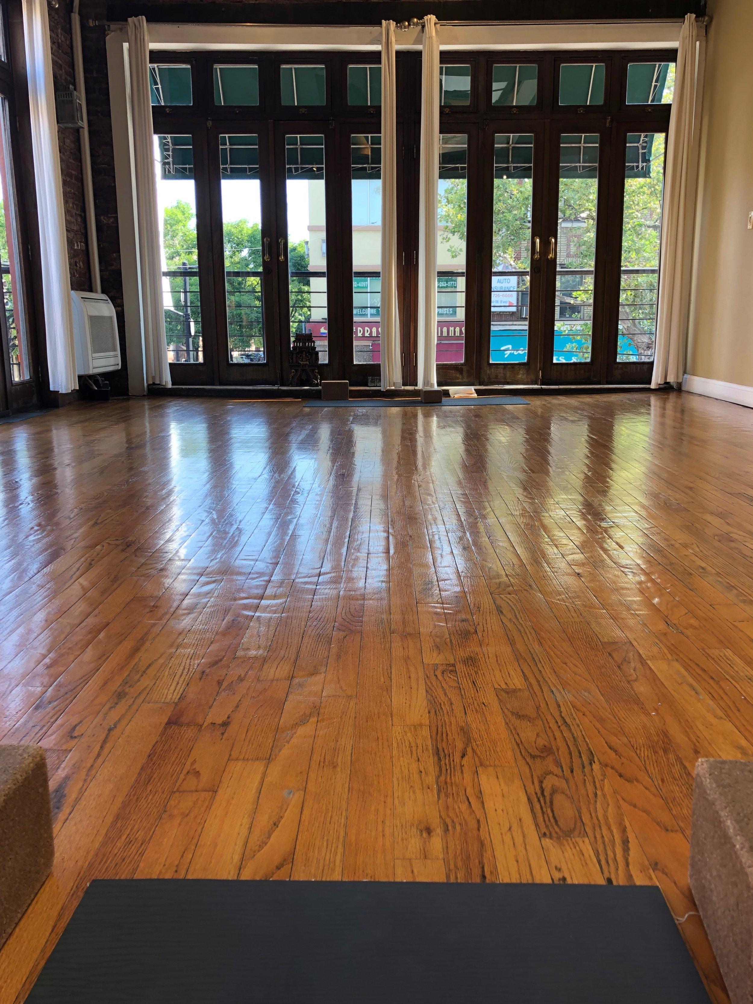 Yoga Agora Astoria