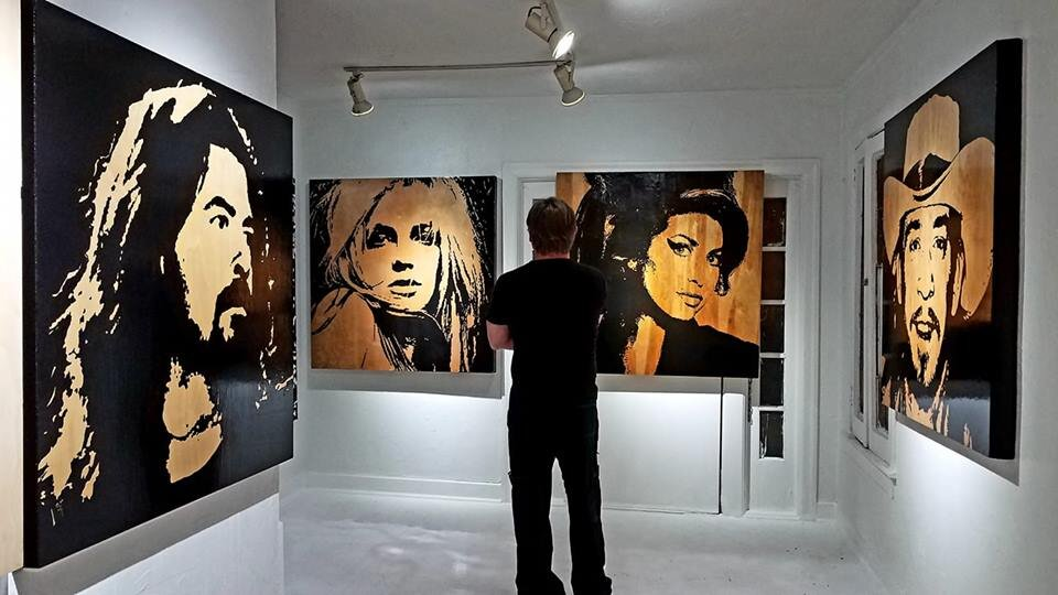 In the studio gallery with Icons 2019.