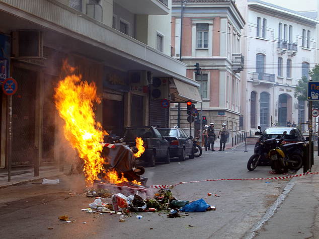 June_29_Athens_street_fire.png