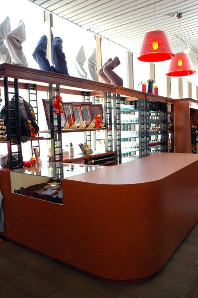 uofg-bookstore-0051.jpg