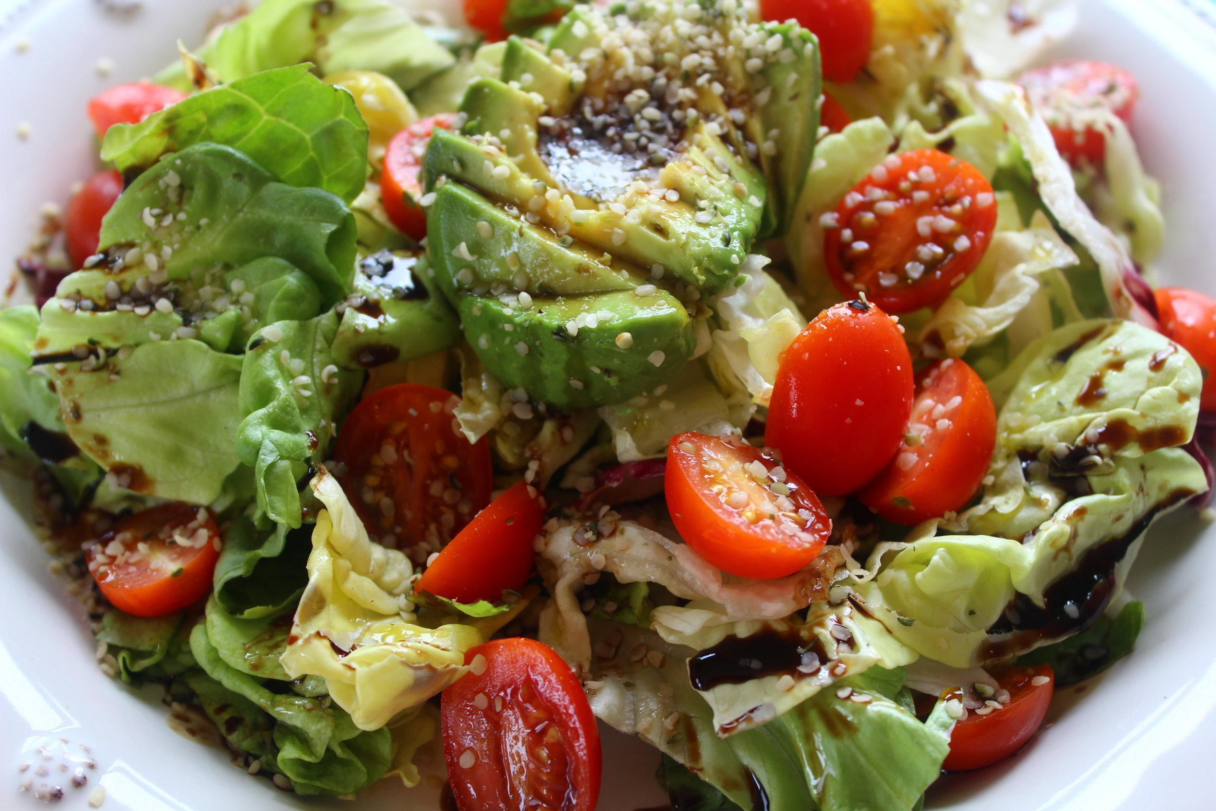 Hemp, Avocado, and Tomato Salad (For One!) 3