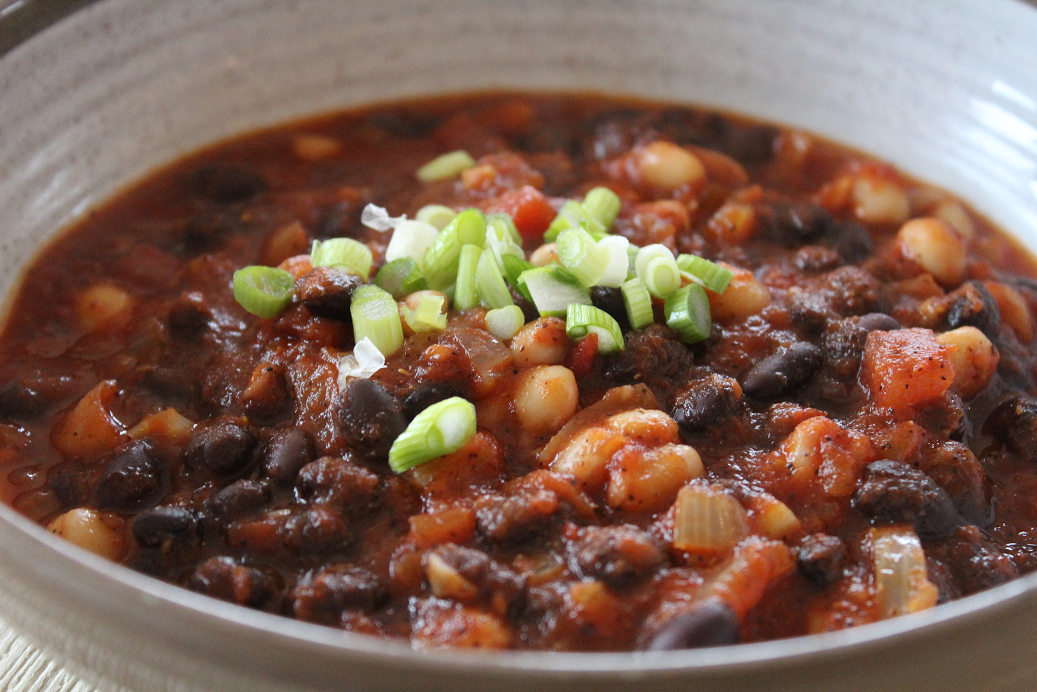 Easiest Vegan Chili 1.png