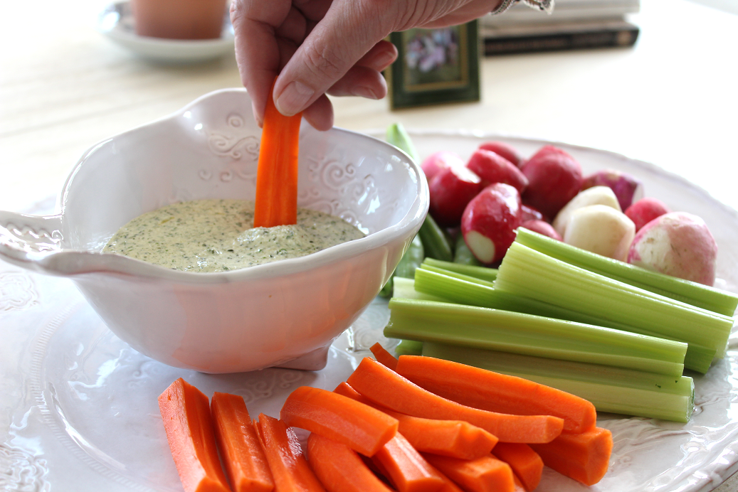Hemp Dip with Dill and Parsley is the perfect meal prep dip that can last 3-4 days in the fridge. It's highly versatile, too! Serve with your favorite veggies on a crudité platter, spread on a sandwich, or even dress a salad with it. And what's even better is that Hemp Dip with Dill and Parsley get whipped up in a blender or food processor in 30 seconds 😊