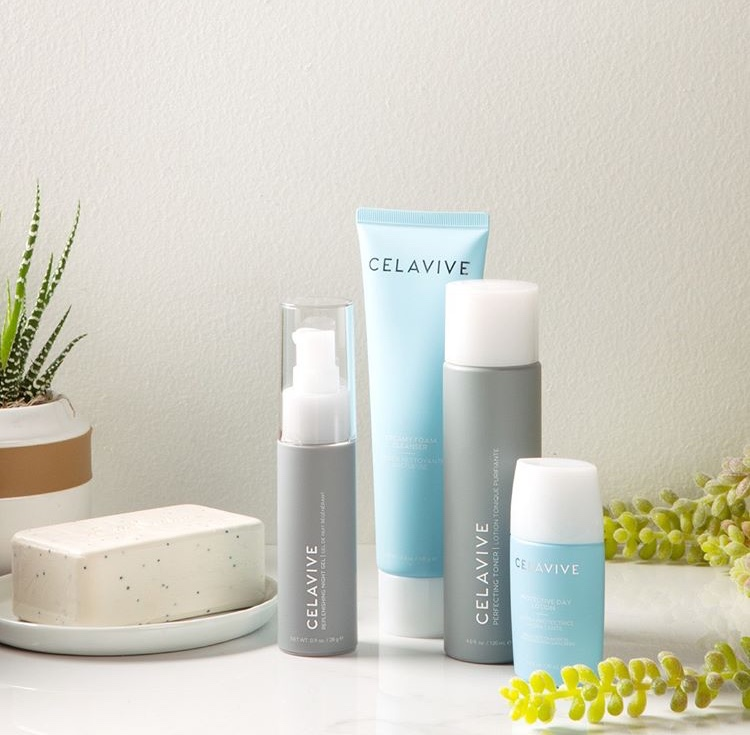 CELAVIVE GLOWING SKIN CARE PACK