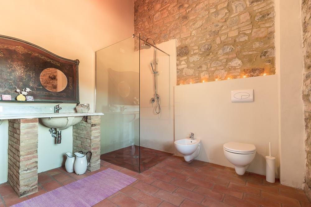 S 1.3 Bath.jpg
