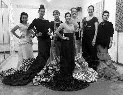 Bata de Cola Flamenco Class in Austin