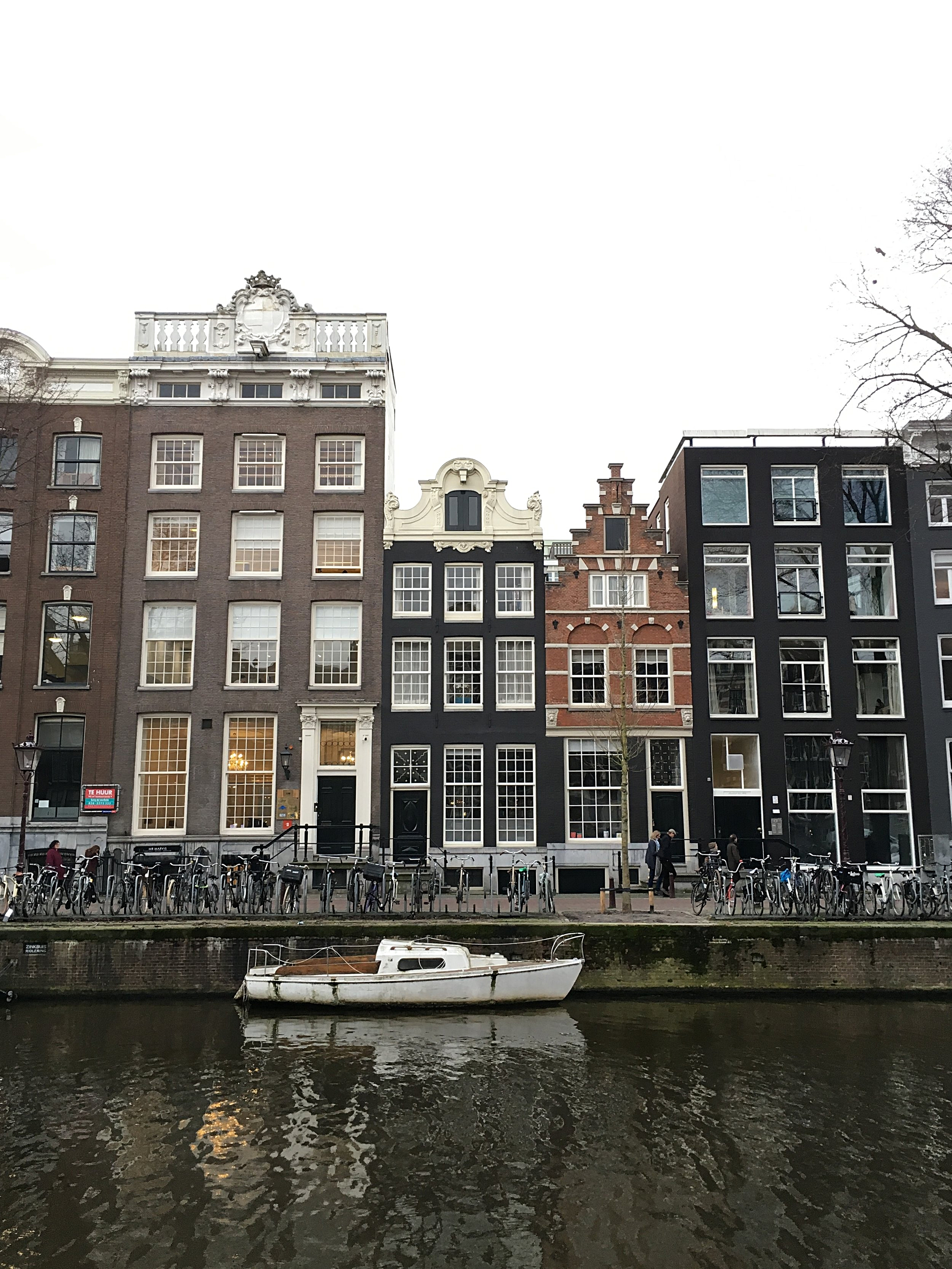~classic Amsterdam canal houses - even pretty in the rain.