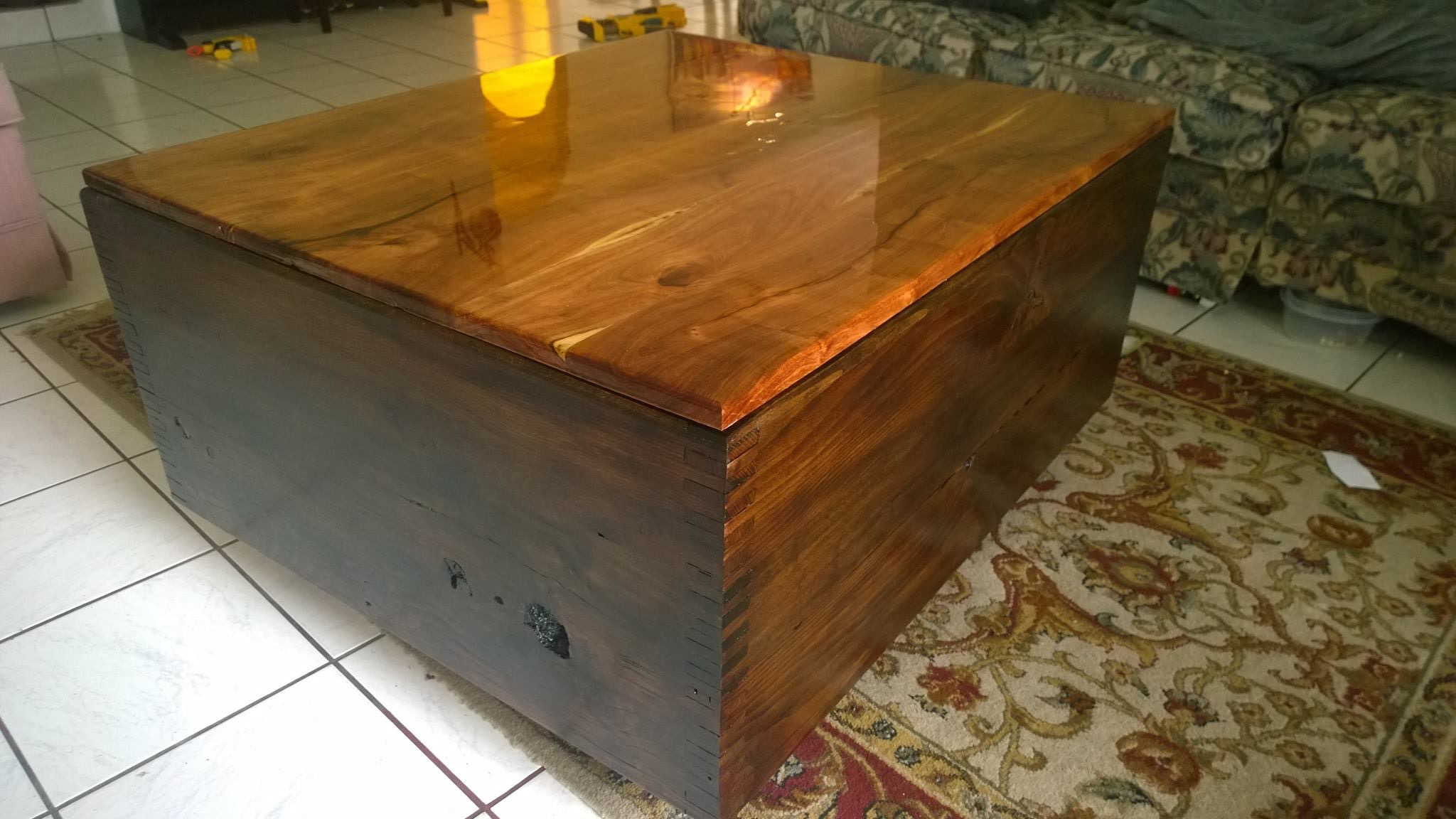 A table from mesquite and some junk oak I found