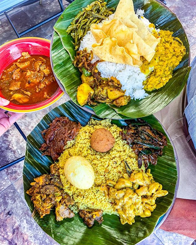 🇱🇰 We tried these Sri Lankan dishes here and fell in ❤️ with the spice level 🌶 and rich flavor on these banana leaves! 🍌. . 🚨Lanka-Mex is an order-ahead, takeout restaurant inside a little convenience store on Westheimer, so keep that in mind if you decide to try it! It took some googling to find out the names of what we ordered; so here's my best shot: . 📝 Front: Lamprais (or Lump Rice), with kaju maluwa (cashew curry), wambatu moju (eggplant), seeni sambol (sweet onions), fish & potato cutlet (the ball), fried boiled egg . 📝Back: The pork curry bowl goes with the plate in back, which has rice, crispy papadum (the big chip), dhal, beans, potatoes.