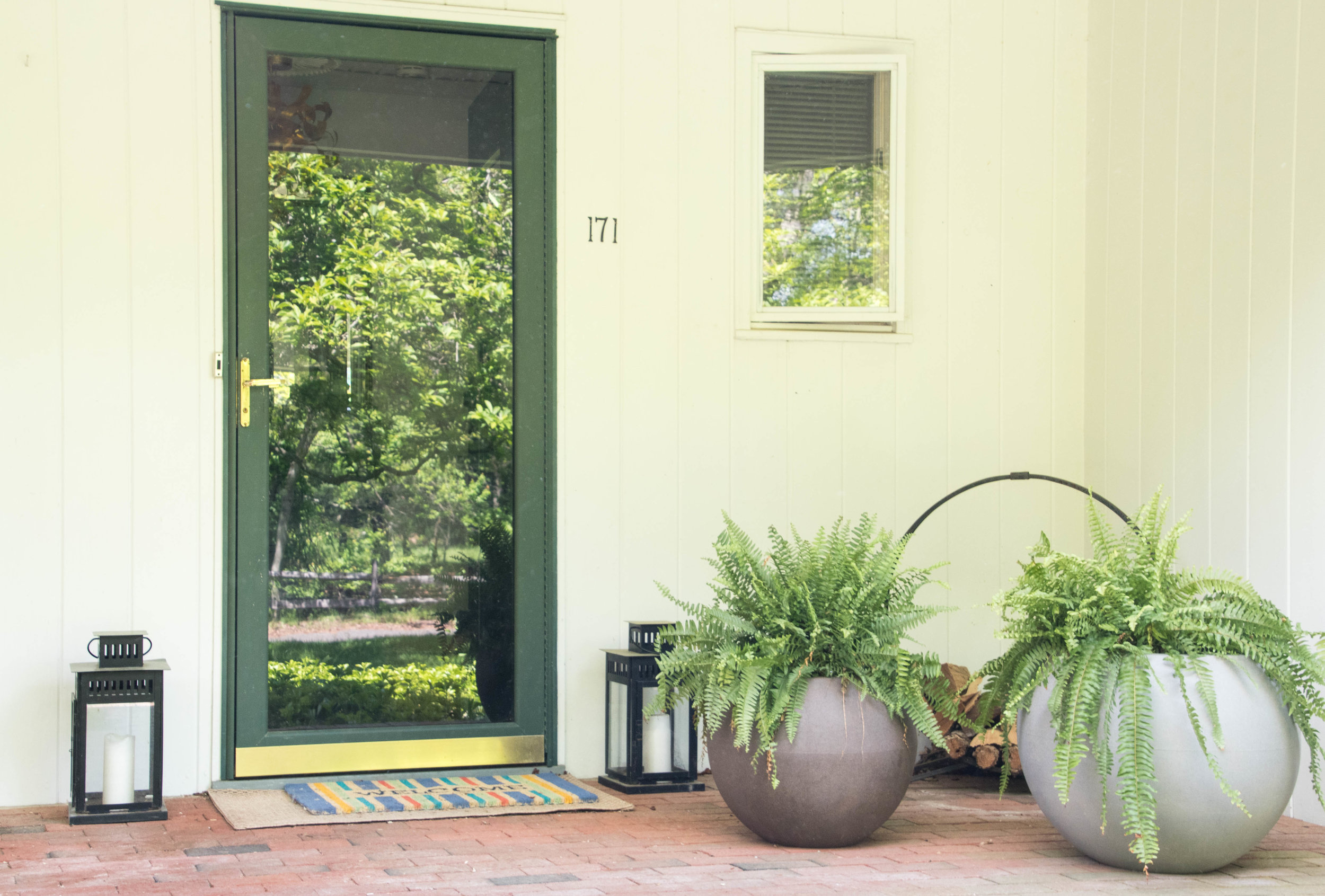 modern midcentury ranch exterior entrance planters lanterns therathproject