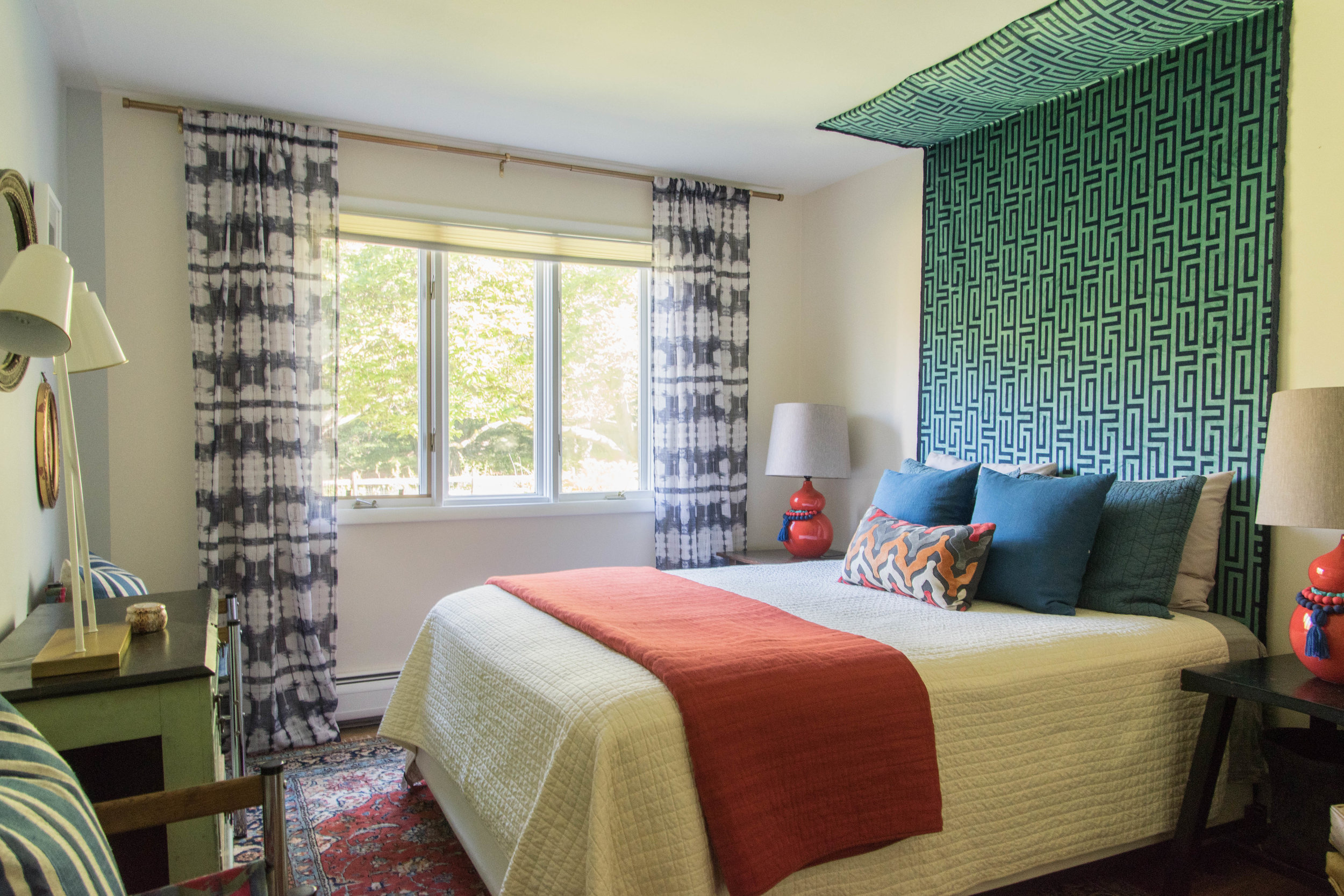 eclectic collected patterned colorful guest room remodel therathproject