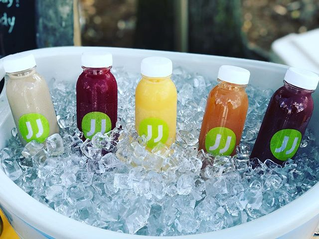 Try all 5 flavors - aloe perk, aloe kiss, aloe dream, aloe zing and aloe pride. #local #orlandofarmersmarket #madeinorlando #organic #guthealth #aidsdigestion #nutritious #orange #apple #grape #beet #coldbrew #aloevera #aloeverajuice #vegan #fresh