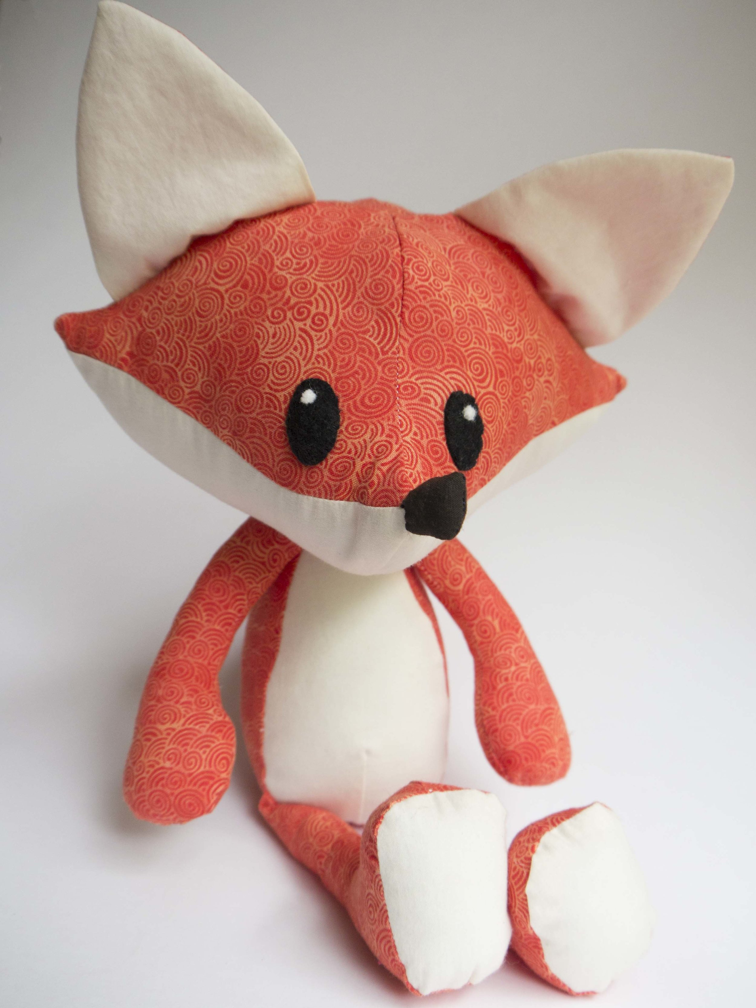 Have you been looking for the free fox pattern?  - Here is your chance! Click here to access Cherry.