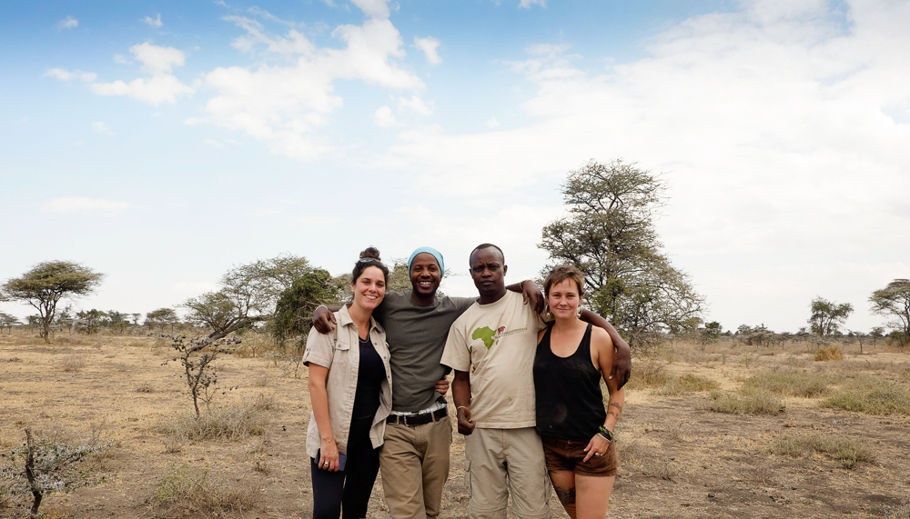 L-R Joelle, Sylvester, Peter, Me. Safari lunch crew.