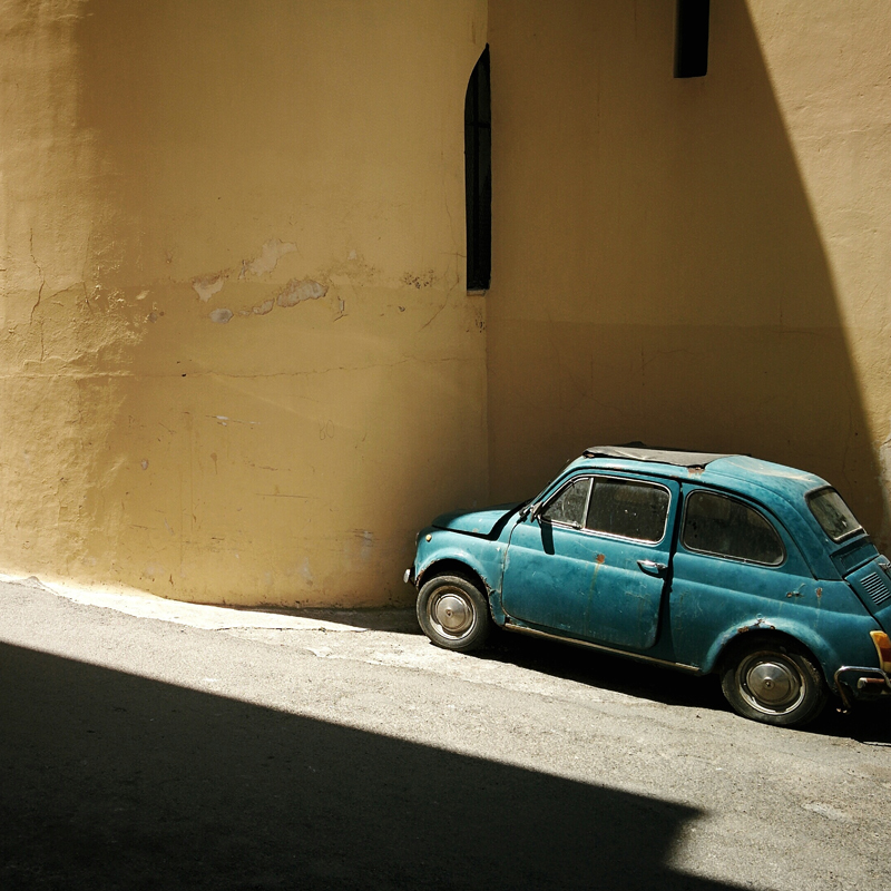 History Lovers Drive Across Sicily -