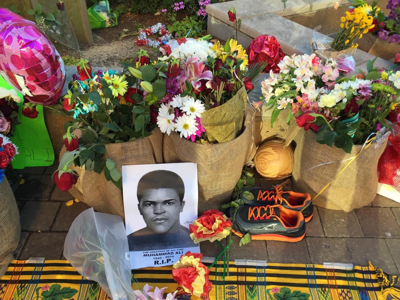 Ali touched the lives of so many. Tribute sites like these allowed people all across the world to mourn his passing.