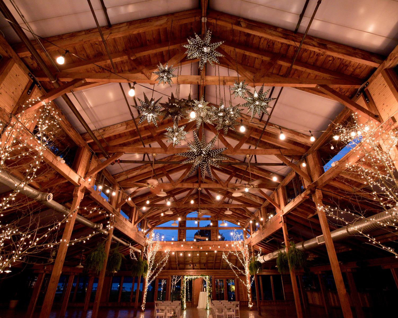 Rustic Winter Wedding Kiana Lodge Poulsbo Rainy Day-28.jpg