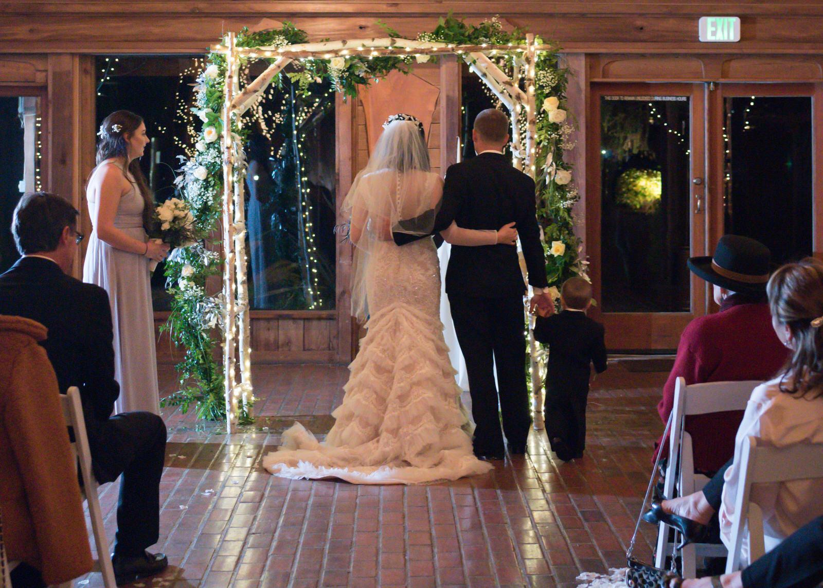 Rustic Winter Wedding Kiana Lodge Poulsbo Rainy Day-32.jpg