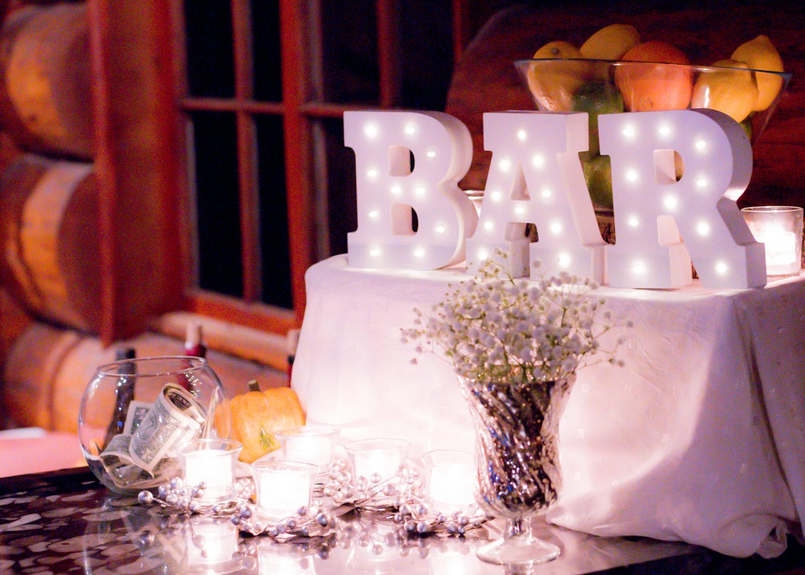 Rustic Winter Wedding Kiana Lodge Poulsbo Rainy Day-50.jpg