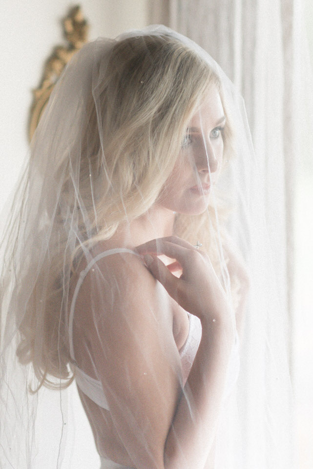 Bridal Boudoir Seattle Weddings in Woodinville Vintage Romantic Bride-5.jpg