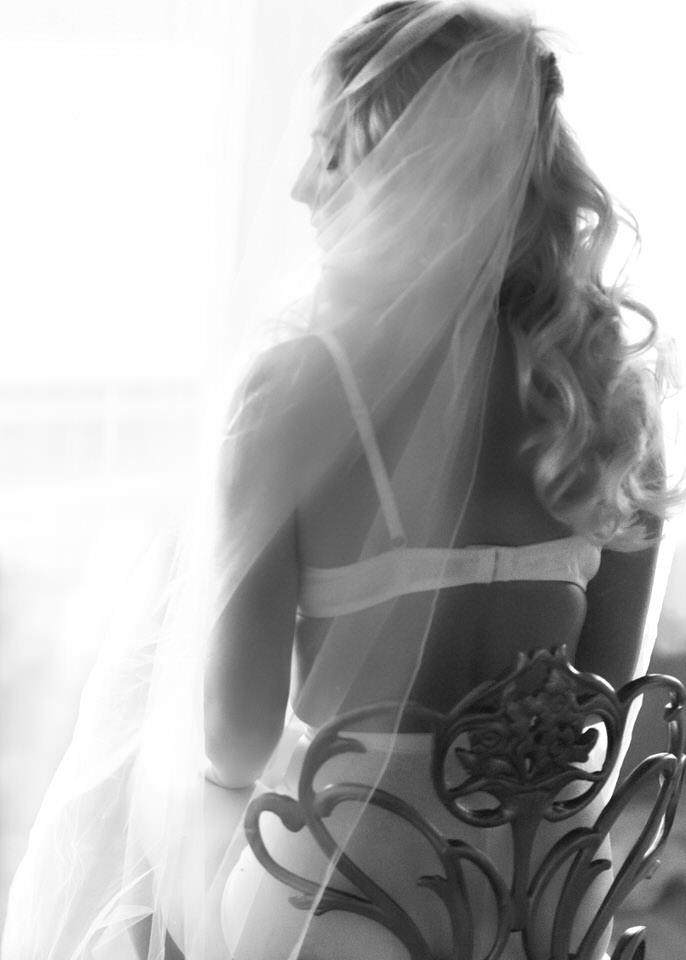 Bridal Boudoir Seattle PNW elegant editorial vintage classic-7.jpg