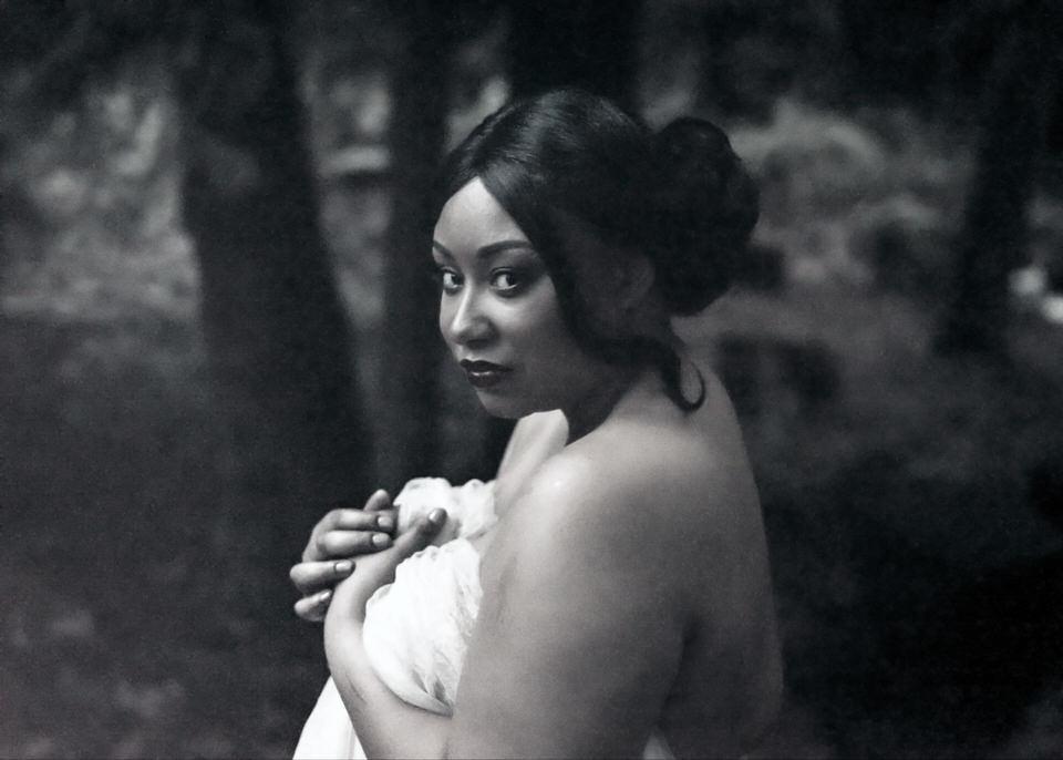 PNW Boudoir Plus Size Christina Servin Photographs Woods Romantic-7.jpg