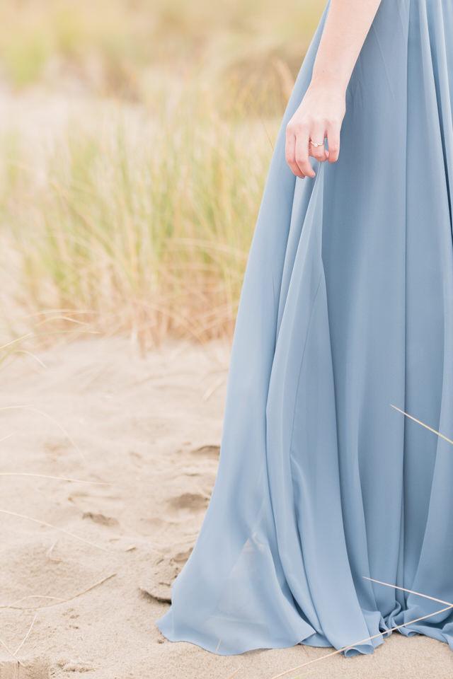 Beach dress Lulus engagement photos