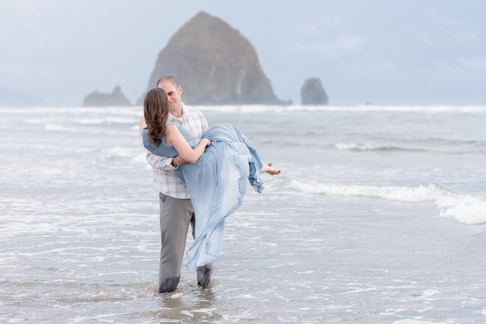 Haystack Rock destination engagement portraits with Seattle Photographer Christina Servín
