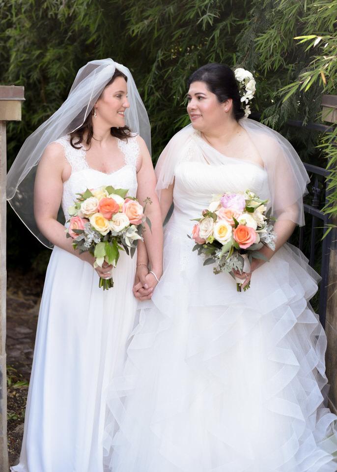 Christina Servin Photographs Bainbridge Kitsap Gay Wedding Summer Outdoors-5.jpg