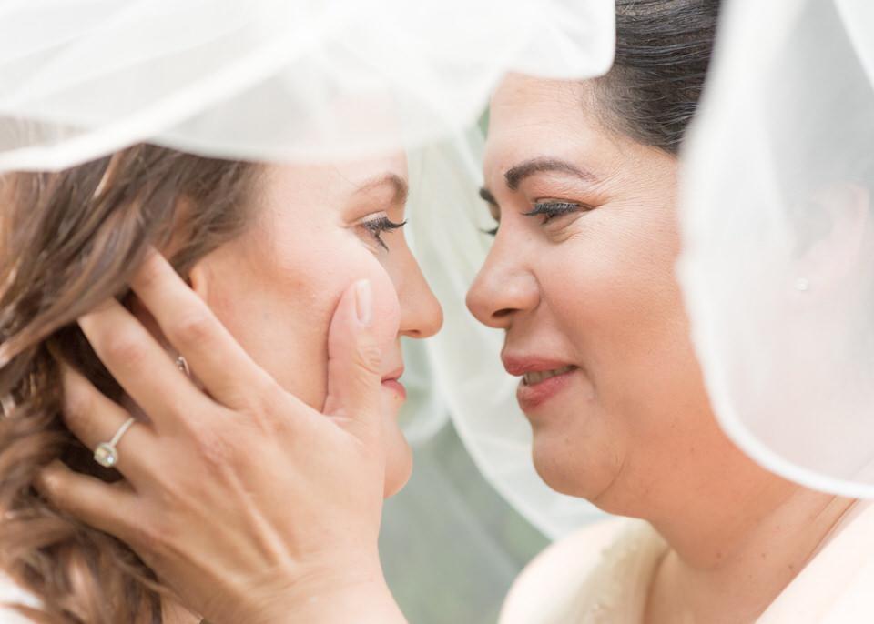 Christina Servin Photographs Bainbridge Kitsap Gay Wedding Summer Outdoors-27.jpg
