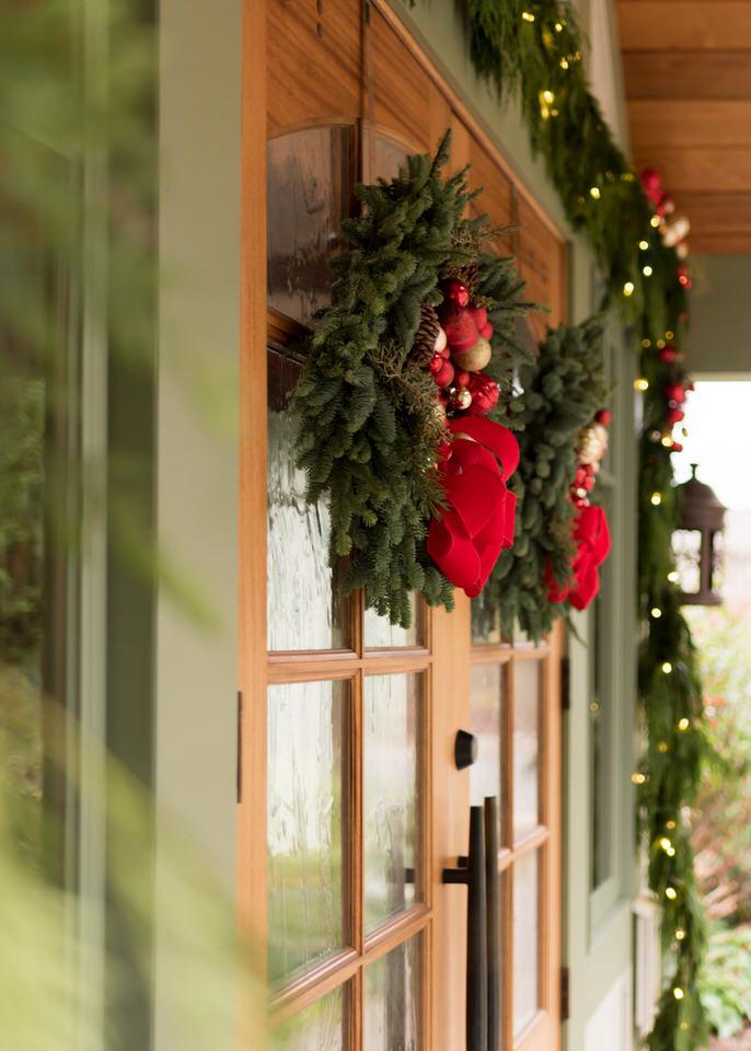 Pleasant Beach Village Bainbridge Island Christmas Holiday Decorations-3.jpg