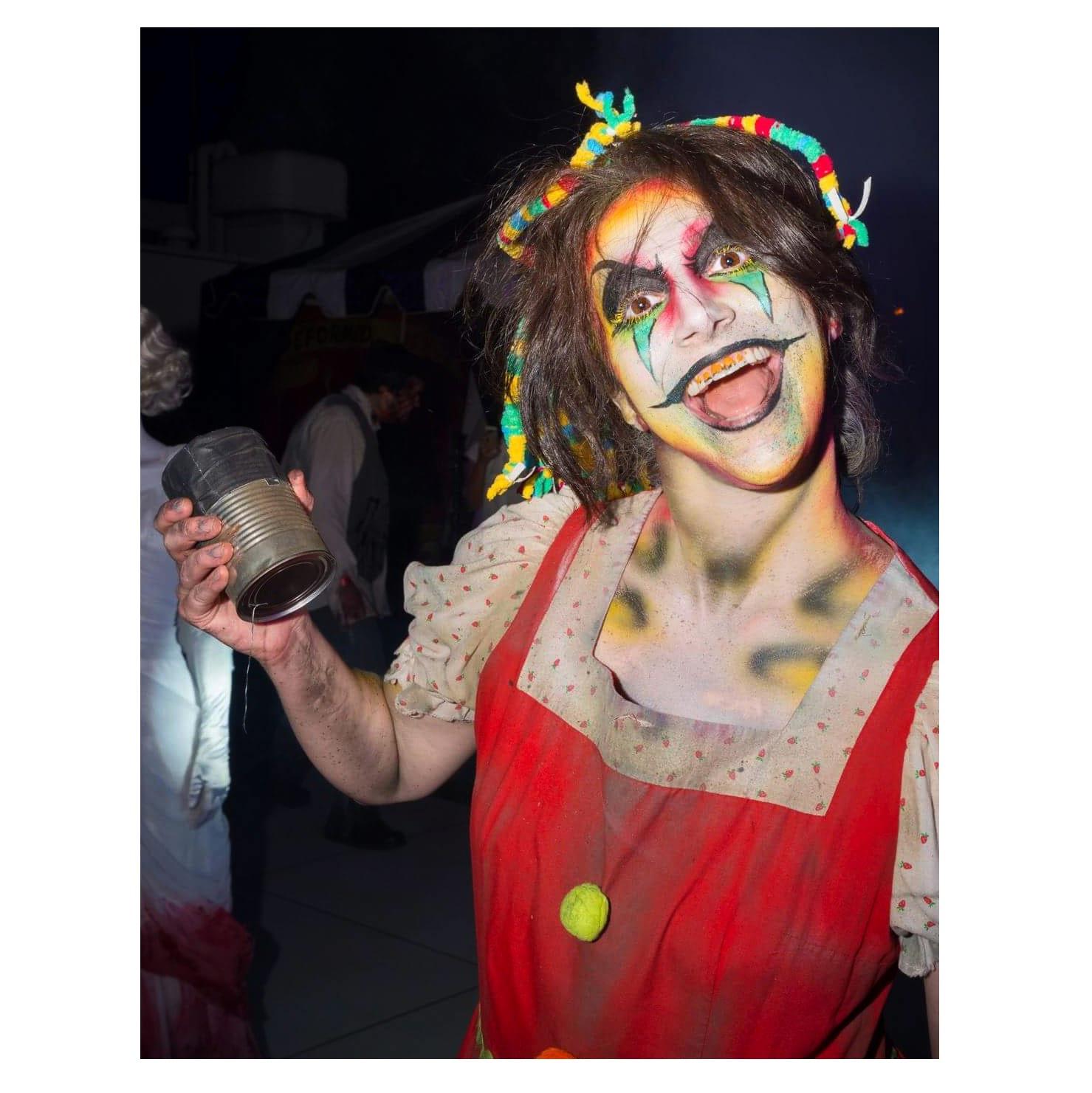 Adrienne_Whitney_Papp_Sinister_Circus_Midsummer_Scream_2017_Queen_Mary_Dark_Harbor_2.jpg