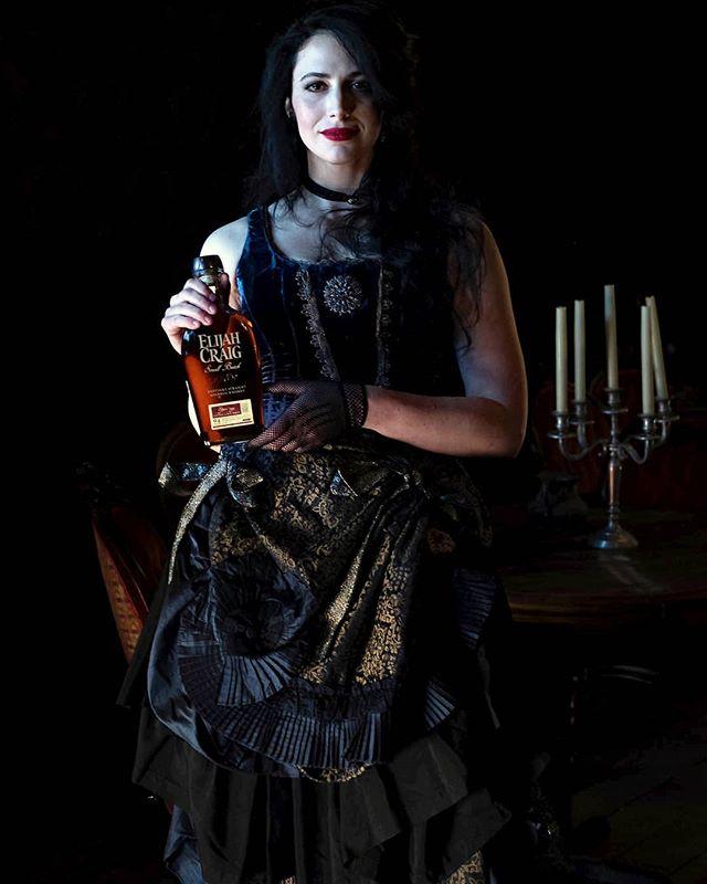 """Shall we drink to the lady in the white shoes?"" . . . #SXSWestworld #SXSWInteractive #Westworld #HBO #sxsw #sxsw2018 #ElijahCraig . . . @taramaysphotography"