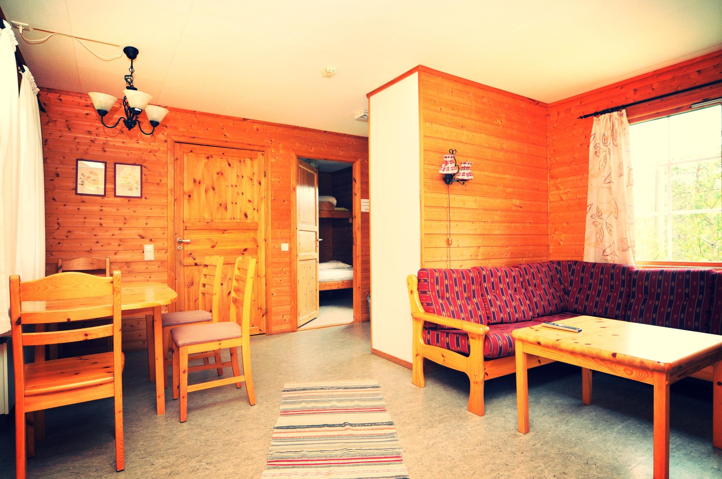 Byskogen Camping - Hyttte Skogheim(4)