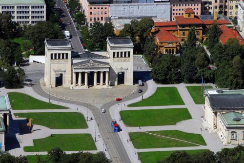 euroluftbild.de/Grahn -  https://de.wikipedia.org/w/index.php?title=Datei:File_0001323A.jpg&filetimestamp=20130416181913&