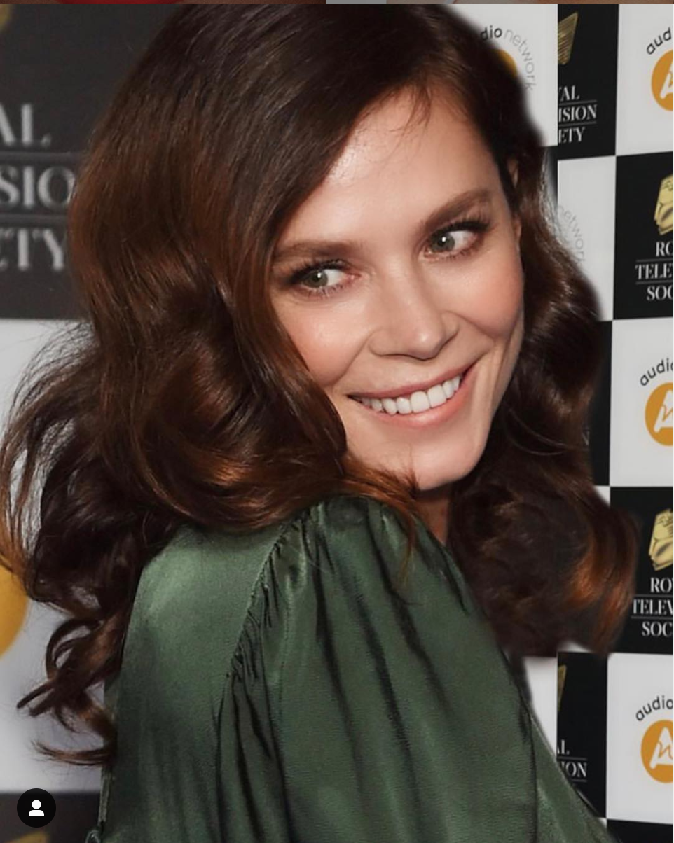 Anna Friel for RTS Awards, red carpet makeup is one of Lois favourtie things to do, this was a career highlight for her.