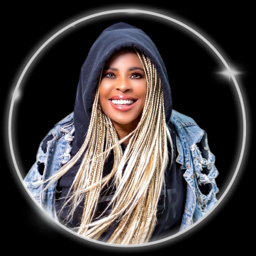 LaurieannGibson.png