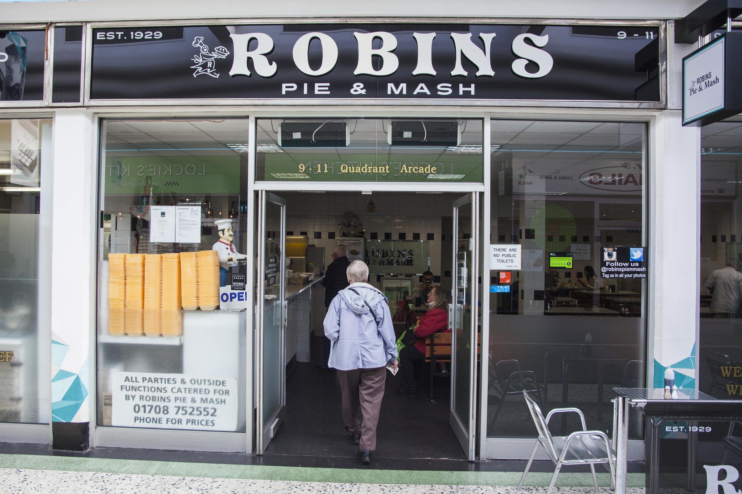 ROBINS_ROMFORD_3.jpg