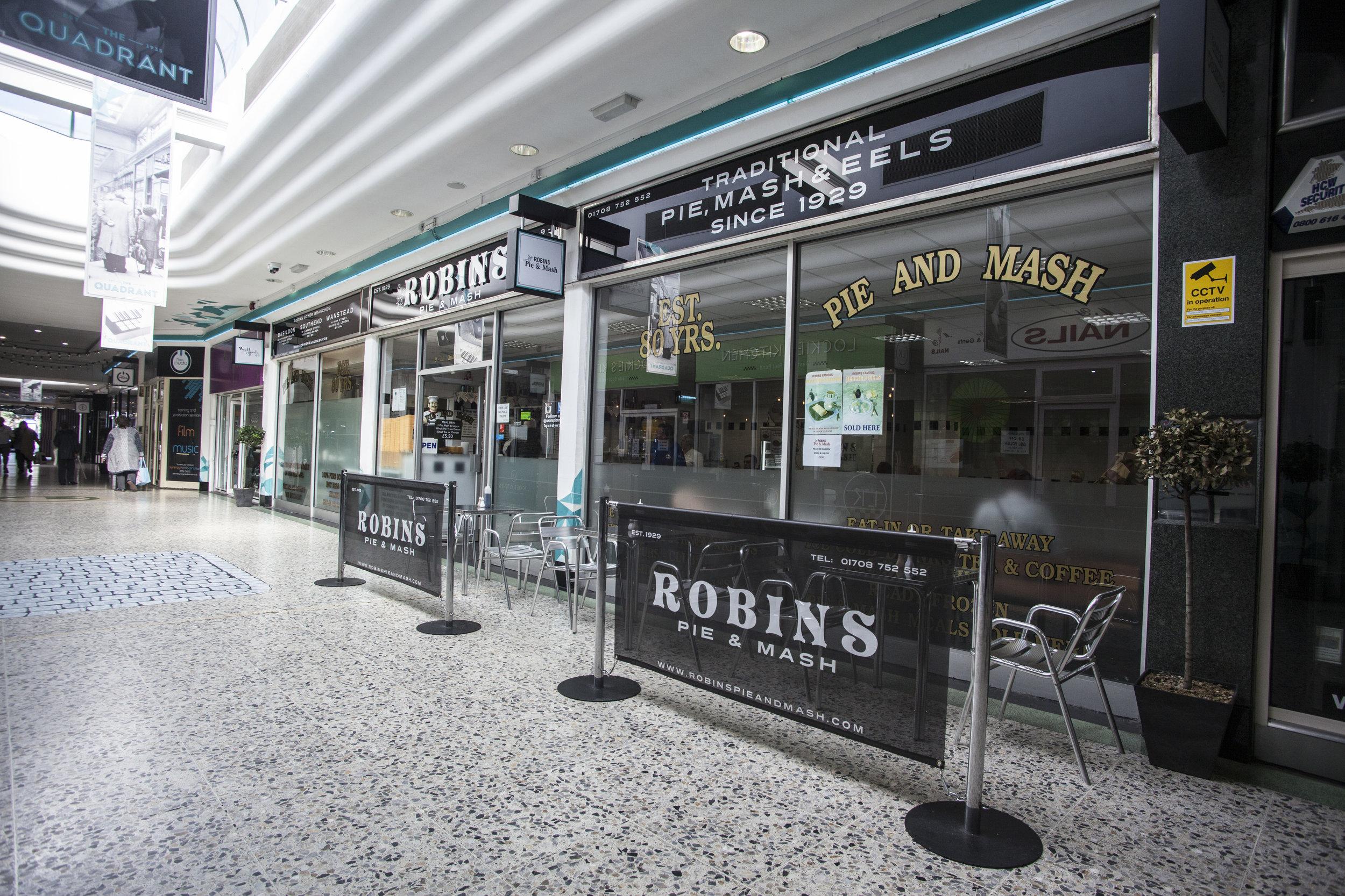 ROBINS_ROMFORD.jpg