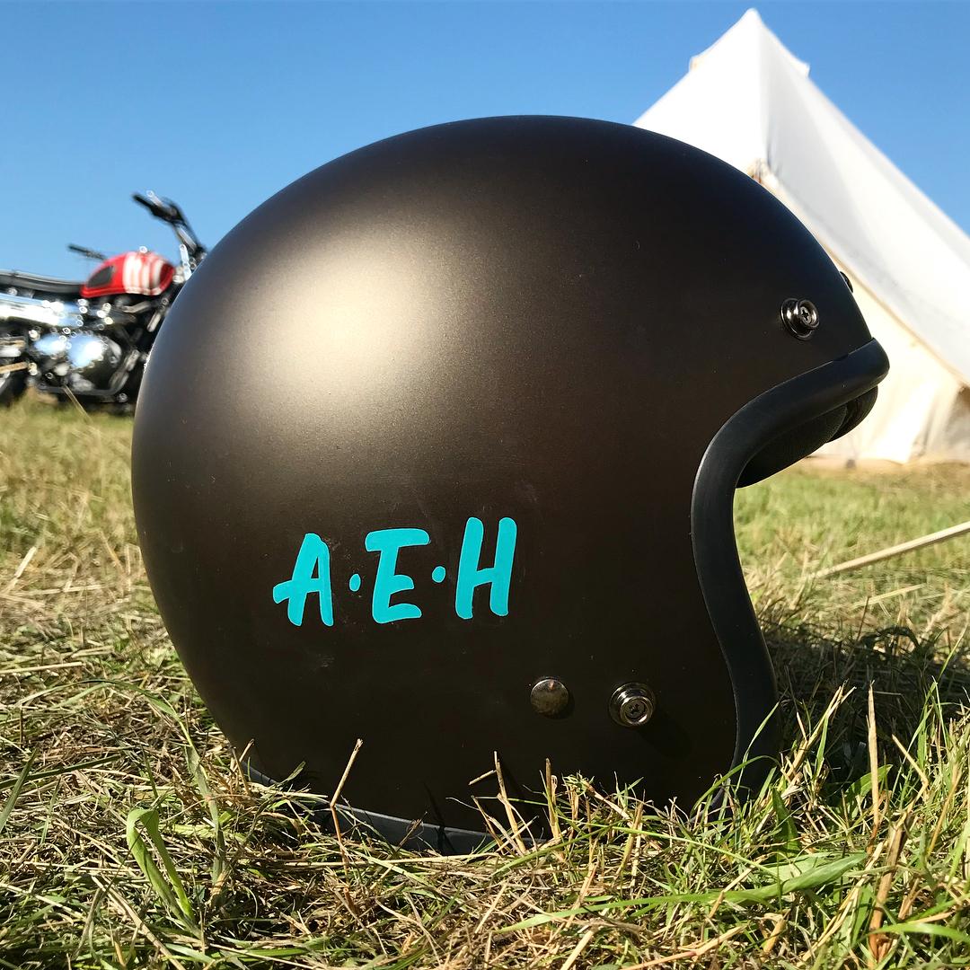 CampVC Helmet_04.jpg