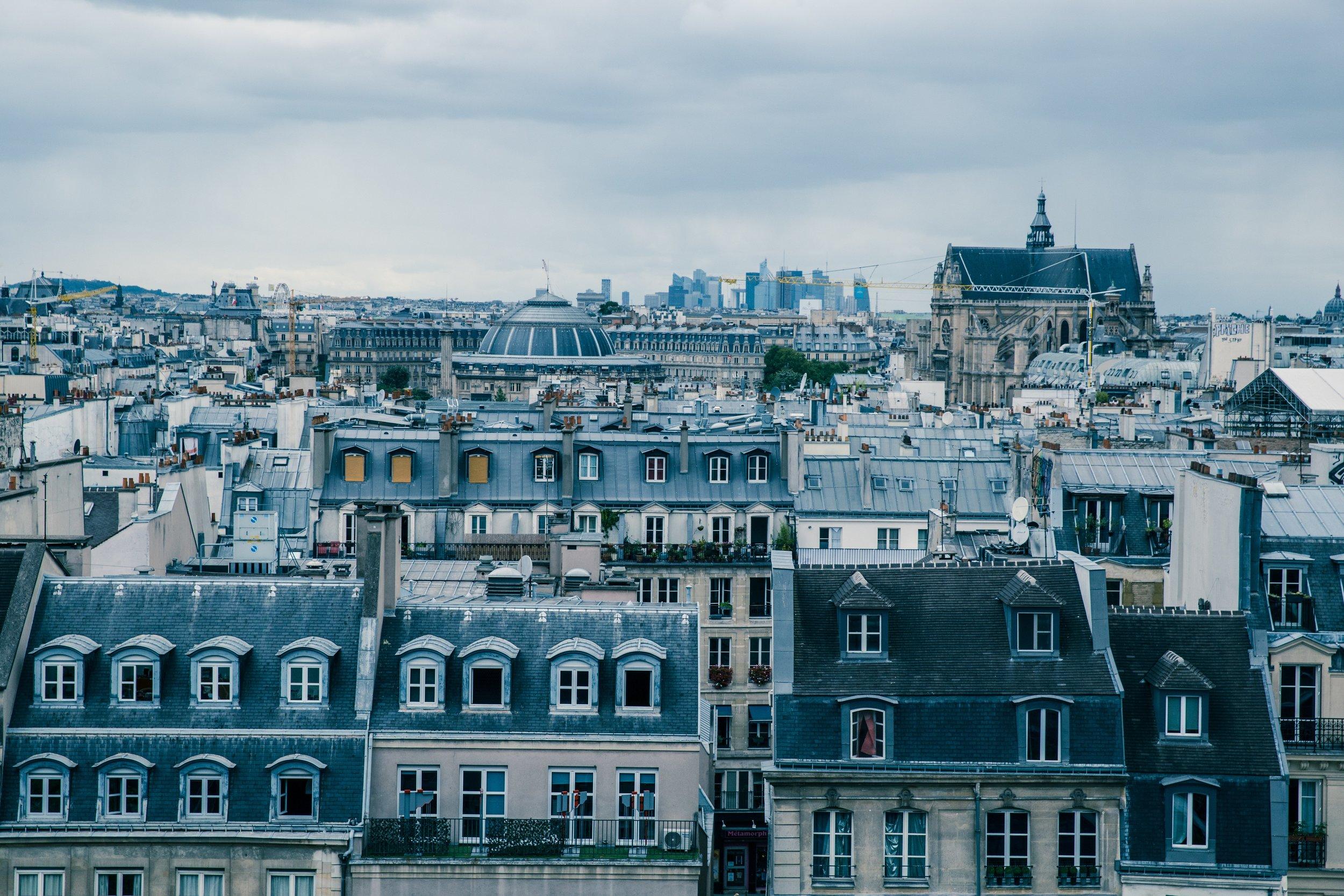 Moving to Paris by @alessia_gandolfo on Instagram